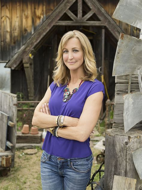 lara spencer lara spencer was awake during hip replacement surgery