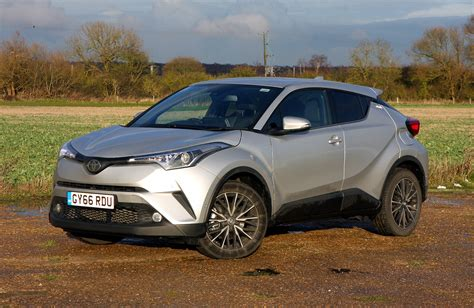 toyota c suv toyota c hr suv 2017 rivals parkers