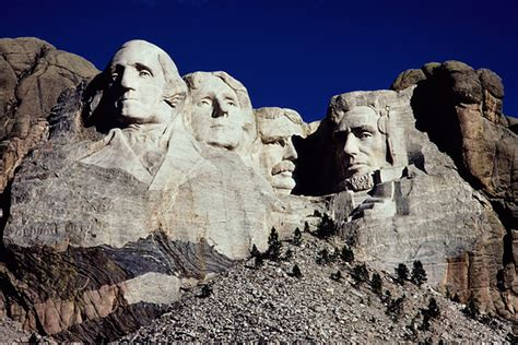 mount rushmore should the u s give mount rushmore back to the sioux the