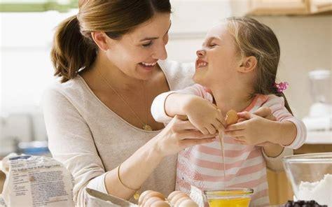 9 cara mengajari anak agar mau sekolah cermati