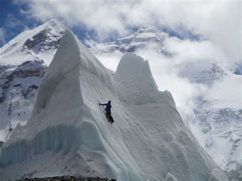 imagenes impresionantes del everest monte everest el cementerio mas alto del mundo taringa