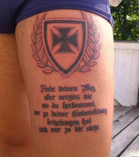 tattoo bein eisernes kreuz lebensmotto