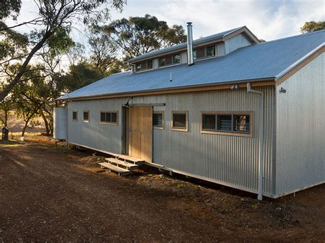 Sheds As Houses by Echuca Accommodation The Shearing Shed House
