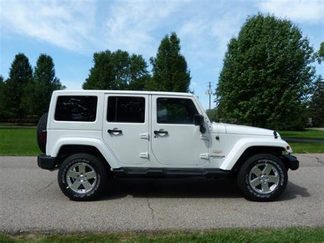 white jeep sahara review 2012 jeep wrangler unlimited sahara the truth