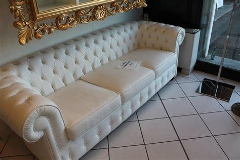 divani classici in offerta offerta divano chester 7403 divani a prezzi scontati