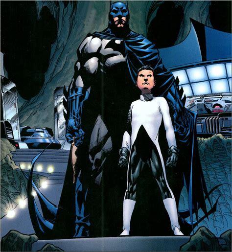 Harpoon White Gotham Blue Emperor batman ytb fansite for batman comics toys figures