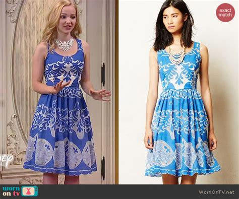 Camerons Kinda Sorta Dress by Wornontv Liv S Blue And White Patterned Dress And Yellow