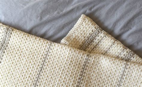 heirloom blanket knitting pattern top knit and crochet patterns in a stitch