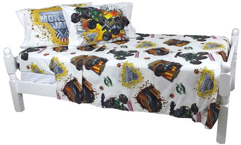 monster jam comforter contents