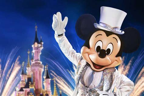disneyland paris viert uitbundig ste verjaardag mickey mouse entertainment today