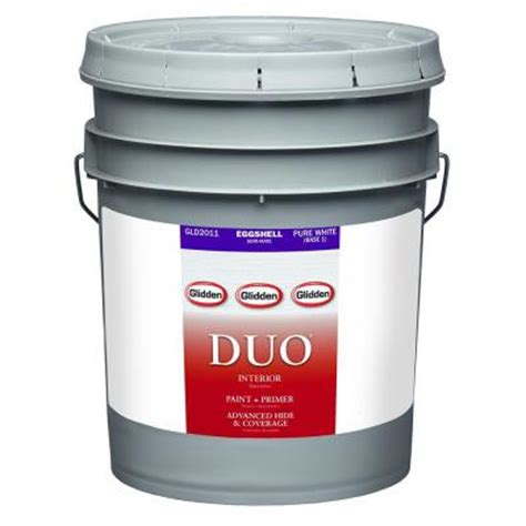 glidden duo 5 gal white eggshell interior paint and primer gld2011 05 the home depot