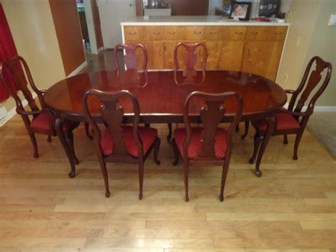 thomasville cherry dining room set table 6