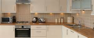 Solid Wood   Precision Worktops