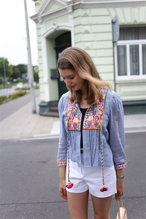 Im Back Stylecrazy A Fashion Diary by Boho Style Wei 223 E Shorts Rosa Pantoletten Some