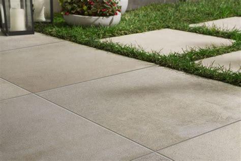 pavimenti antiscivolo per esterni piastrelle per esterno antiscivolo pavimenti esterno