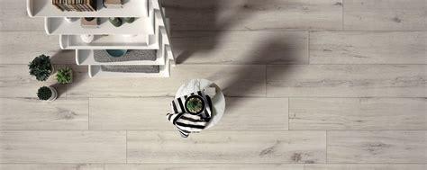 pavimenti in ceramica effetto legno pavimento in gres effetto legno ecco perch 233 preferirlo al