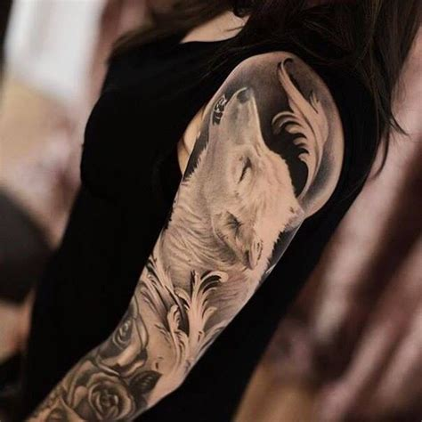 tattoo arm wolf the 25 best howling wolf tattoo ideas on pinterest wolf