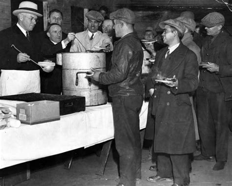 Best Way To Clean Kitchen Cabinets by Pictures Of Soup Kitchens During The Great Depression