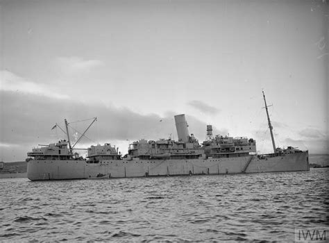 Greenock Records Hms Cheshire At Greenock 5 December 1942 A 13142