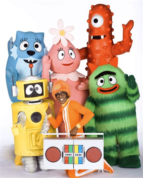 gabba gabba gabba dhx media takes rights for yo gabba gabba