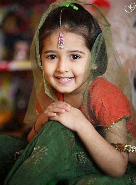 wallpaper anak kecil cantik kumpulan gambar anak dan bayi cantik juga imut dari india