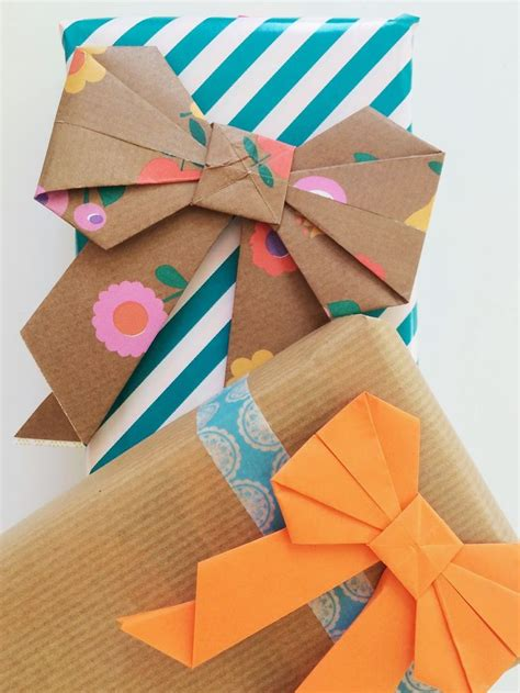 Origami Gift Wrap - origami strik vouwen papier paper bows gift