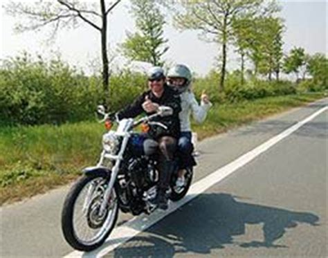 Motorrad Fahren Mit Sozius by Harley Davidson Fahren In Marl Als Geschenkidee Mydays