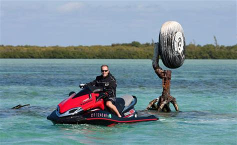 Shannons Imports 2011 Kawasaki Ultra 300x Personal Watercraft Pictures Personal Watercraft 2011 Kawasaki Ultra 300x Action02 Personal
