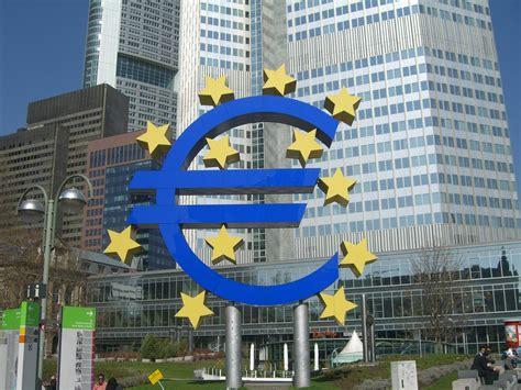 la centrale europea prestiti e banche bce concede finanziamenti ma per le