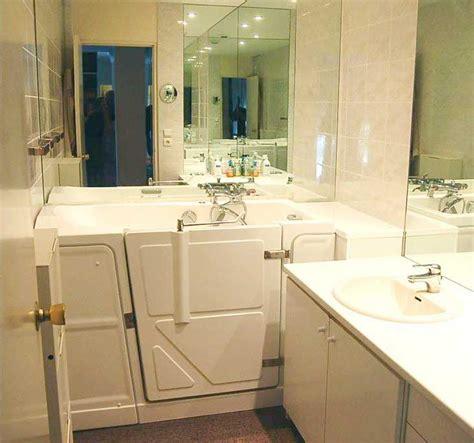installation baignoire baignoire avec porte petits espaces baignoire vallon 117