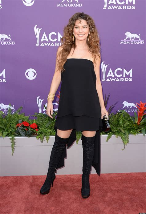 Dress Shania Koreanstyle Berkualitas shania s acm awards dress was strapless and backless photos