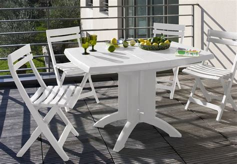 Cleaning Plastic Garden Furniture by Keeping Your Garden Furniture Immaculate Bnbstaging Le