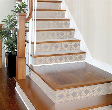 wallpaper untuk anak tangga 7 cara kreatif gunakan wallpaper di rumah rumah dan gaya