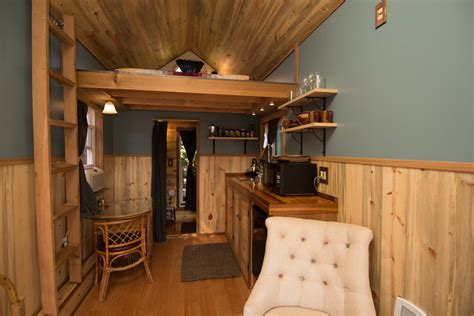 portland tiny house hotel kangablue tiny house swoon