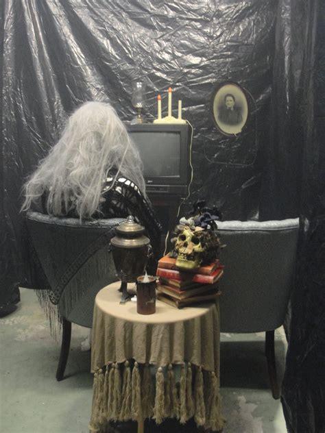 halloween garage walk thrunice set  im crazy