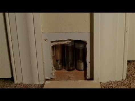 places to hide stuff in your room diy secret hiding place 1