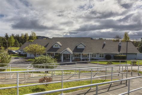 living in port townsend port townsend assisted living community enlivant