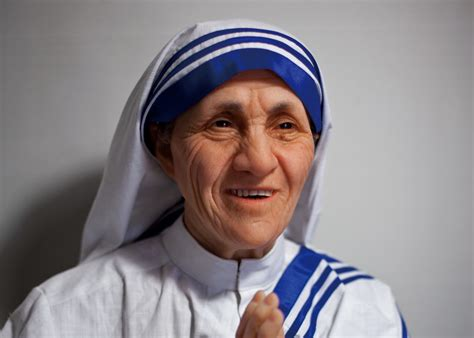 true biography of mother teresa a true servant leader mother teresa peak performance