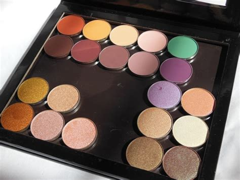 Eyeshadow Pac is it a dupe of z palette pac cosmetics empty magnet palette small fashion lifestyle