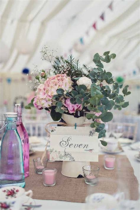 wedding flower jugs 32 best images about use jugs at weddings on burlap bunting wedding table