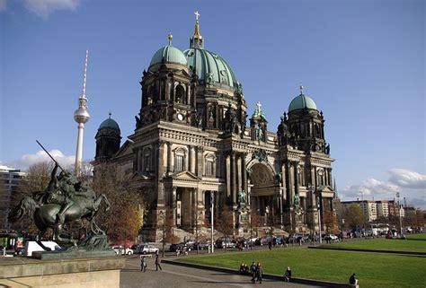 Dompet Berland berliner dom restauro