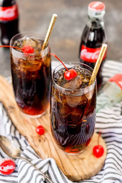 cocktail drinks names best 25 alcoholic drink names ideas on pinterest
