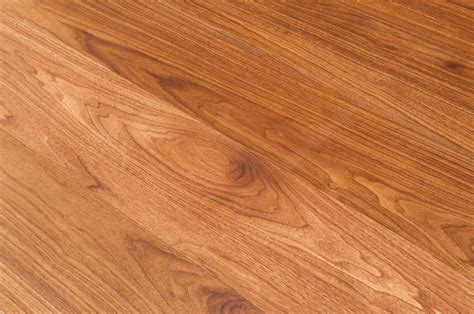 Luxury Vinyl vs. Laminate Flooring   Ferma Flooring