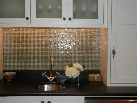 sparkly backsplash 1000 images about backsplash floors and surfaces on