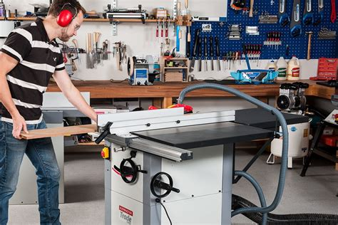 axminster woodworking get the right table saw for you the knowledge