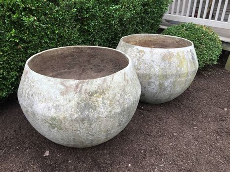 Mid Century Modern Outdoor Planters by Pair Of Mid Century Modern Bulbous Planters At 1stdibs