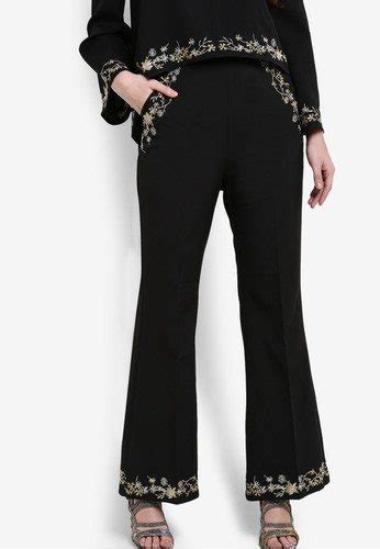 Floral Embroidery Peplum Top Zalia by Affordable Baju Raya From Zaloraya 2017 You Ll Want This Year