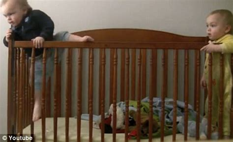 Baby Hits On Crib by Toddler S Crib Escape Becomes A Hit After