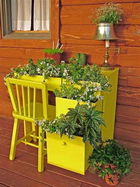 upcycled container gardens planters and vases diy
