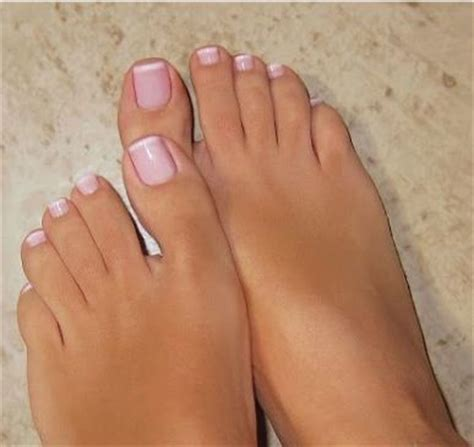 Must Colors For Summers Bare Toes by Best 20 Pedicure Designs Ideas On